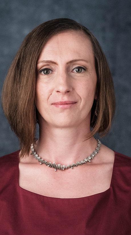 Susanne Hargesheimer, M.A., Expertin für Ikonen + russische Kunst, öffentlich bestellte Versteigerin