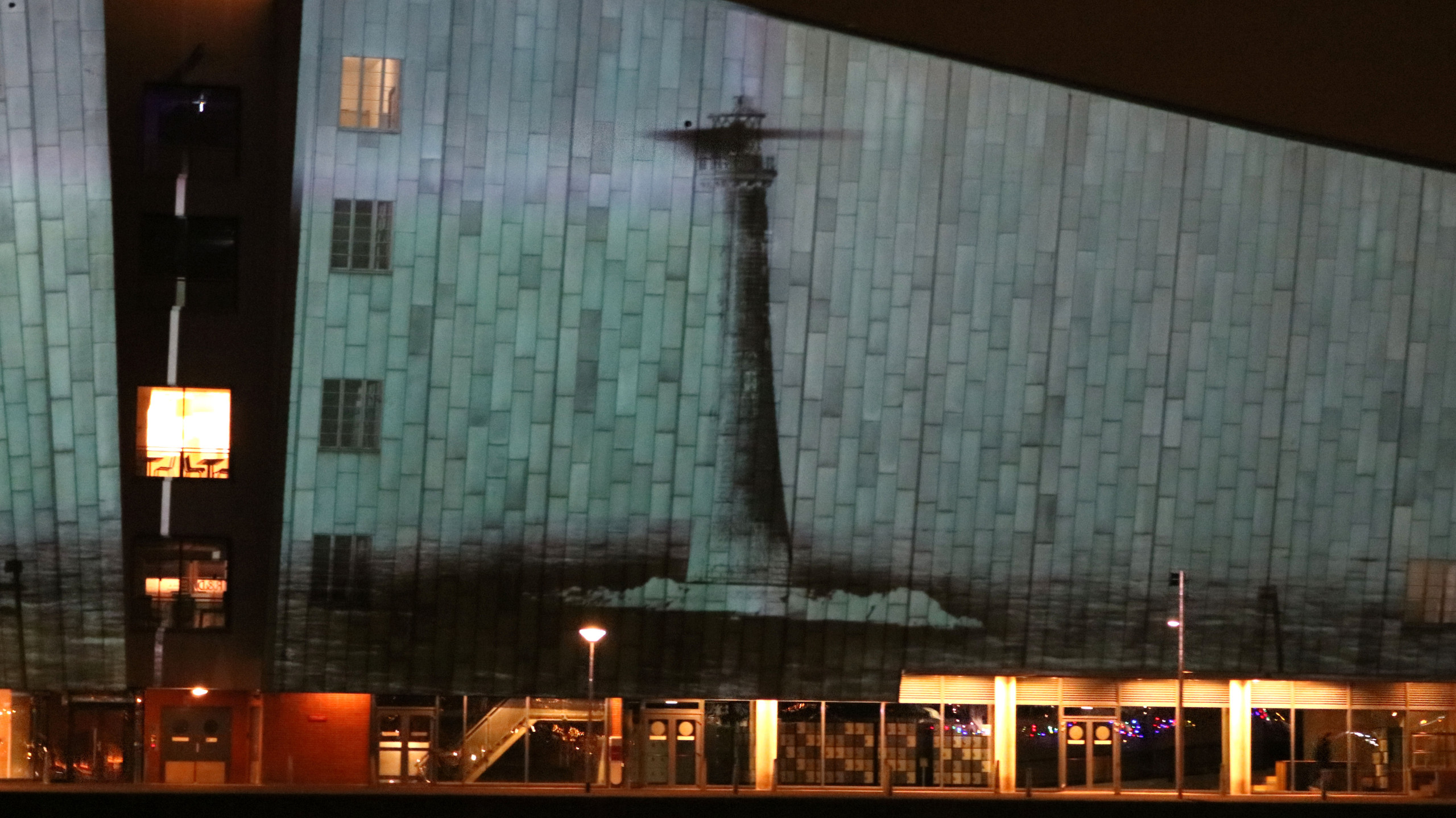 Light projected on the Science Museum. - Rona Lee