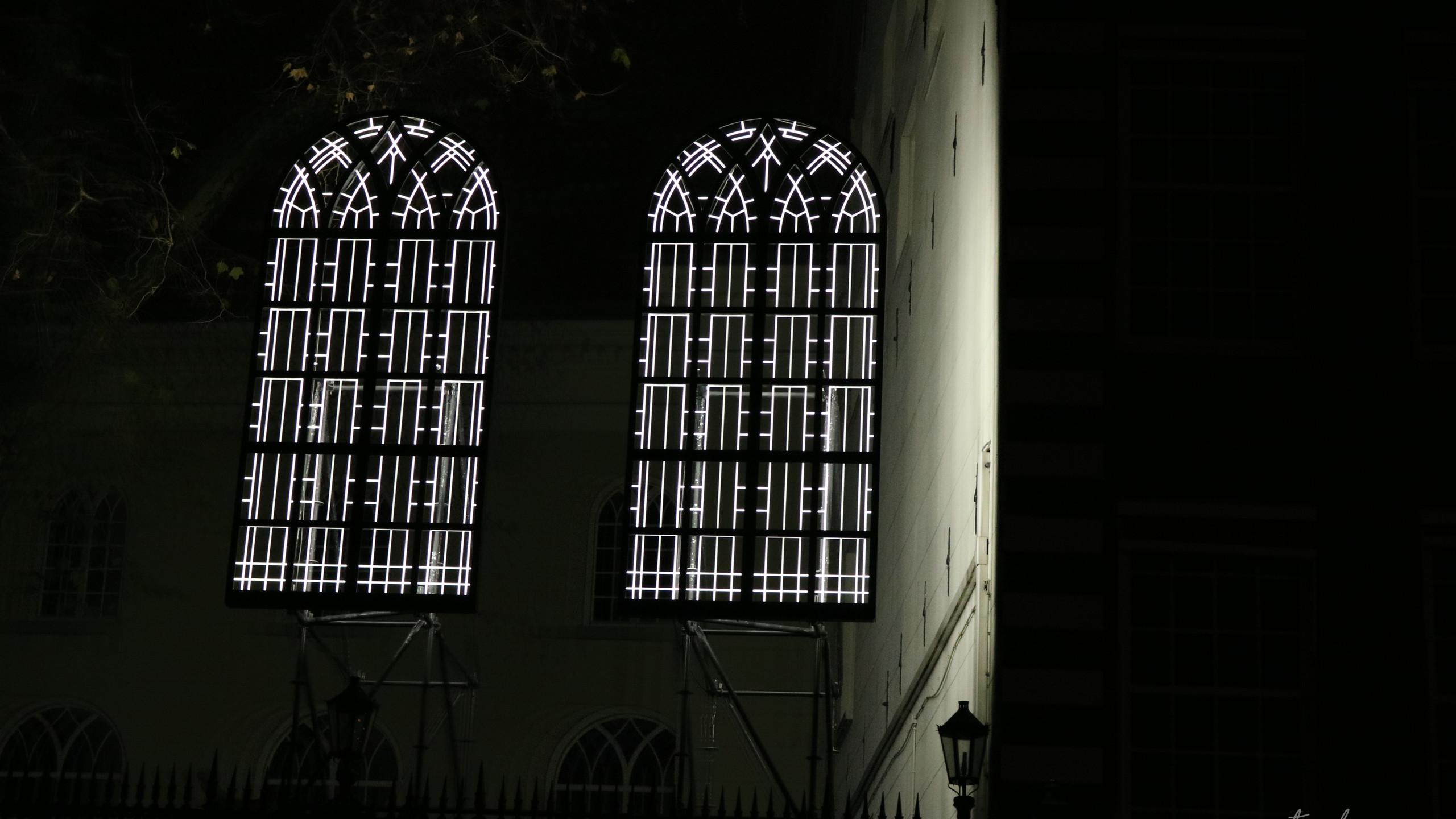 The eyes of hidden churches - Lynne Leegtes