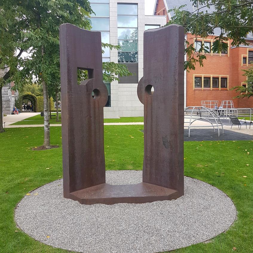 Corten Steel, 1990