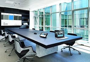 büyük ekran-video-konferans.jpg