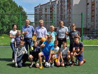 Открытие площадки для мини футбола во дворе домов №35-37