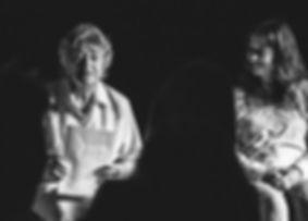 S'estenen, Francesca Vadell, teatre comunitari