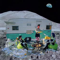 Alien babes on the Moon