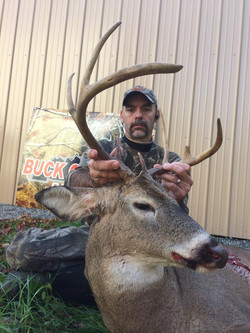 Mitch's 2016 Buck