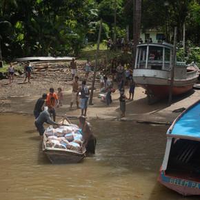 Mobile Gesundheits-Teams am Amazonas