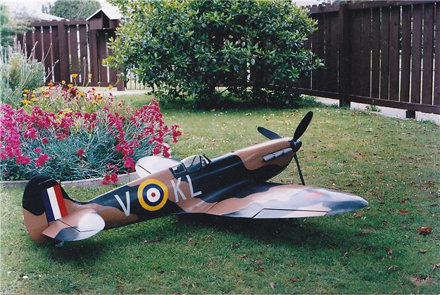 2002-11-24, model of Mick Shand's spitfire
