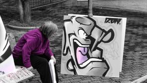 Graffiti Cra Bonzani: Alla residenza gli anziani con i writers realizzano 43 graffiti