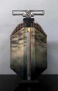 I#V175114 _ Vase with cover
