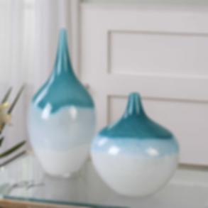I#0084 _ Shapely, Glass Vases