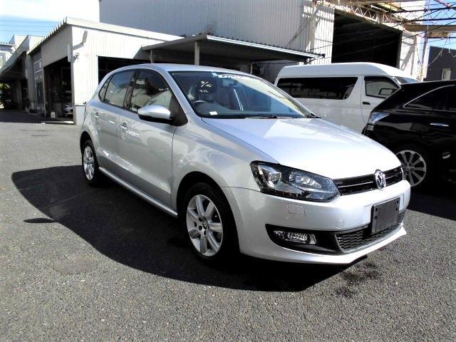 ID#00024   2014 VW Polo-Grey