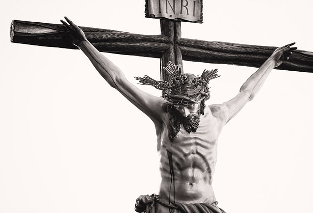 grayscale-photo-of-the-crucifix-977659.j