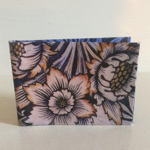 Inspired By William Morris Art Nouveau Wallpaper Design The Vintage Tulip Wallet Has Lovely Pallette And A Stylized Floral