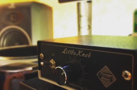 Vintage Maker _Little Knob_ Monitor Cont
