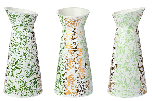 Porzellankaraffe mit Dekor, grün,barockes Dekor, Golddekor, weißes Porzellan, Keramik in Wien, mano design