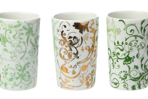 Porzellanbecher mit Dekor, barockes Dekor, Vögel, Golddekor, weißes Porzellan, Keramik in Wien, mano design