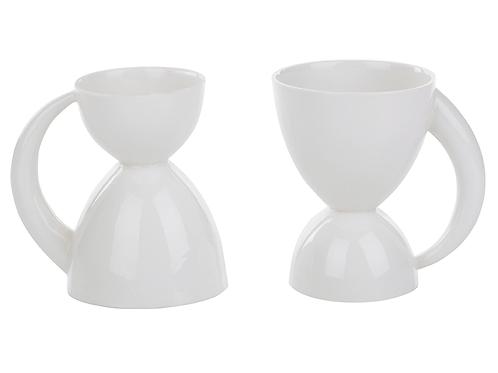 Wendetasse aus Porzellan, platiniert, modernes Porzellan,Porzellanwerkstatt in Wien, Keramik in Wien, Tableware, mano design