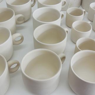 Produktion von Tassen.