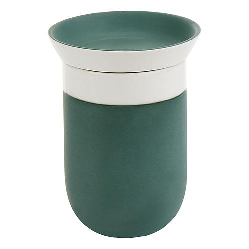 Porzellanbecher,  Pastellkeramik, eingefärbtes Porzellan, Keramik in Wien, Porzellanwerkstatt in Wien, manodesign,