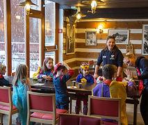 ateliers laponie finlandaise famille images doc bayard février club jet tours luosto