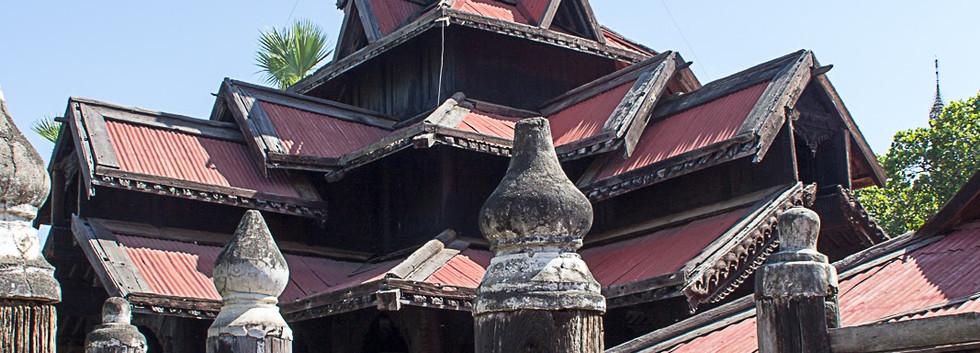 Dans le temple Bagaya
