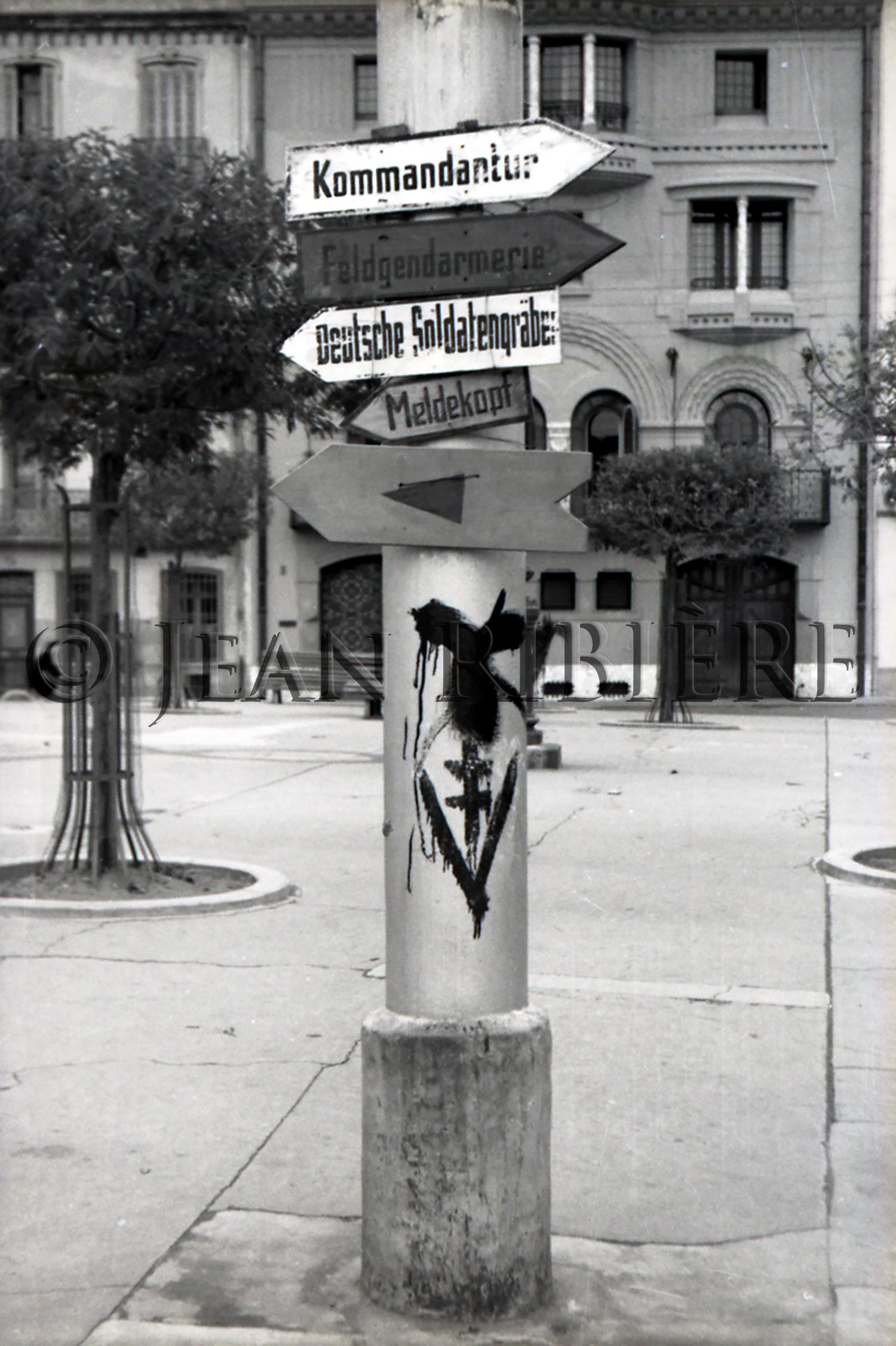 Fléchage allemand pendant Occupation