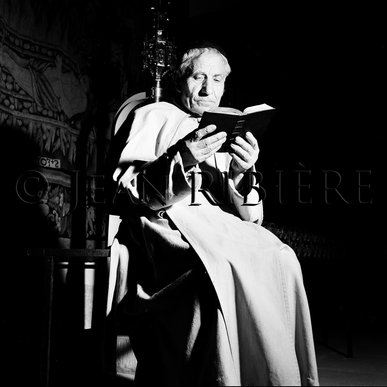 Le moine de l'abbaye : méditation