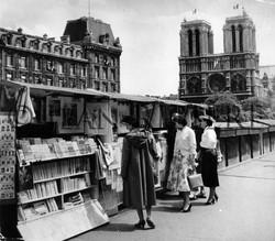 Les bouquinistes de Notre-Dame