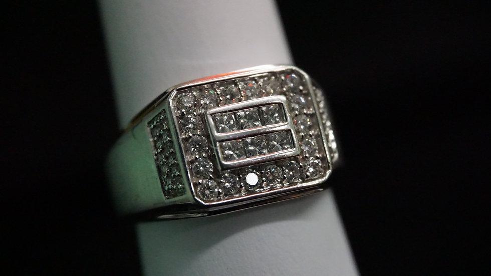 14k White Gold Men's ring w/ 18 round diamonds and 6 princess cut diamonds