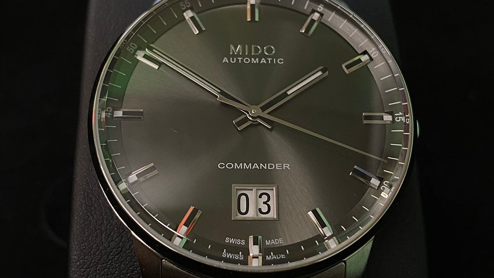 Mido Commander Automatic