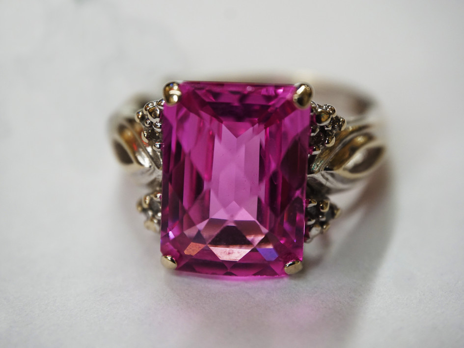 14k White Gold with Rose Zircone