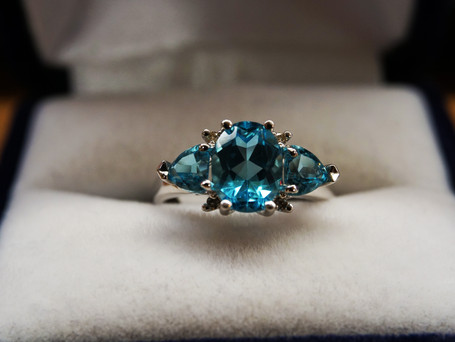 14k White Gold with Blue Topaz