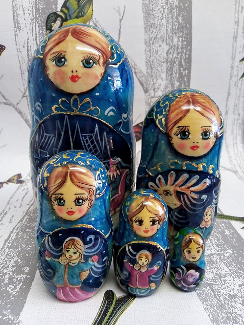 Ice Queen Five Set Doll, Floral Russian Matryoshka Doll