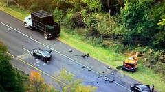 Maryland State police investigate car collision on southbound I-95