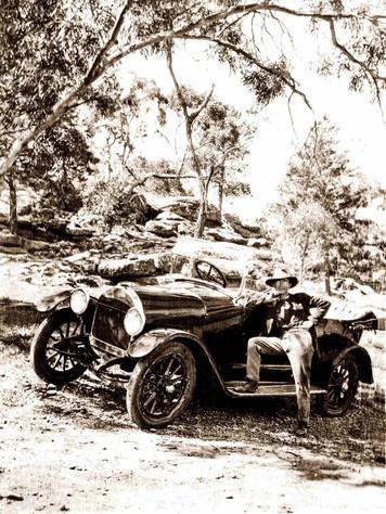 Frnak Rhead with his car Griffith 1920s