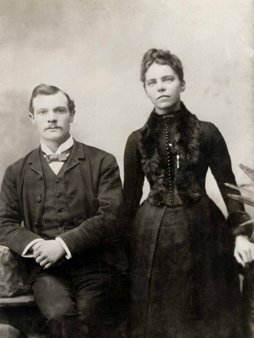 002 Frederick Passey & Emily Gray Morris