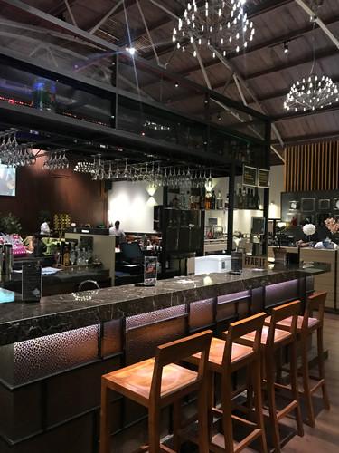 Vie Lounge & Eatery