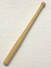 Wooden bat for Ken or Skipper €3,-