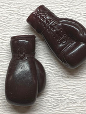 Ken boxing gloves €3,-
