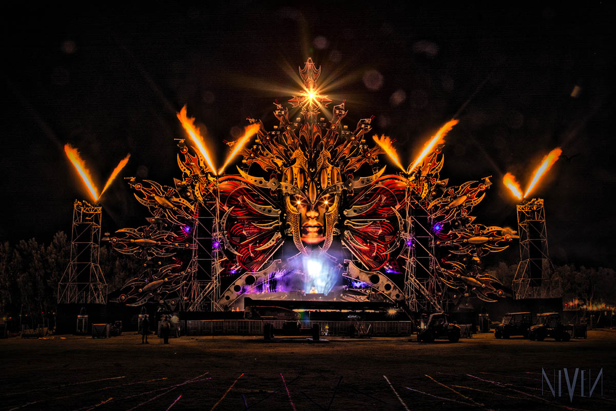 Defqon Red Stage Nightw