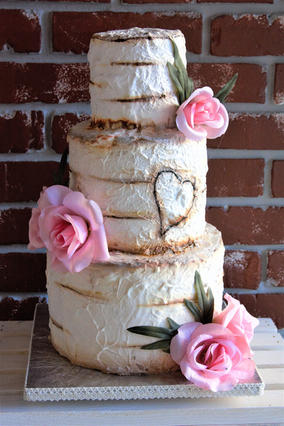 Bird birch wedding cake