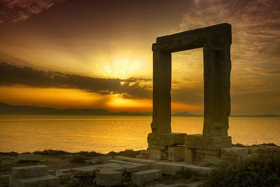 DELOS SUNSET TOUR WITH SPEEBOAT