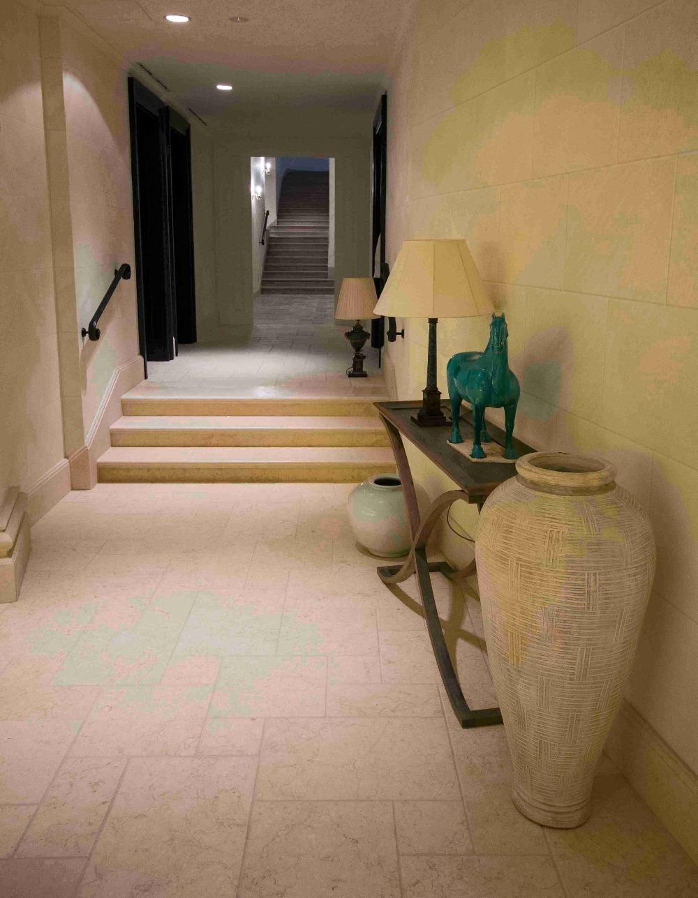 Sunny meduim marble   tiles Egypt