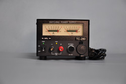 指針式 12V 28A 單組電源供應器 (香蕉插座+點煙座輸