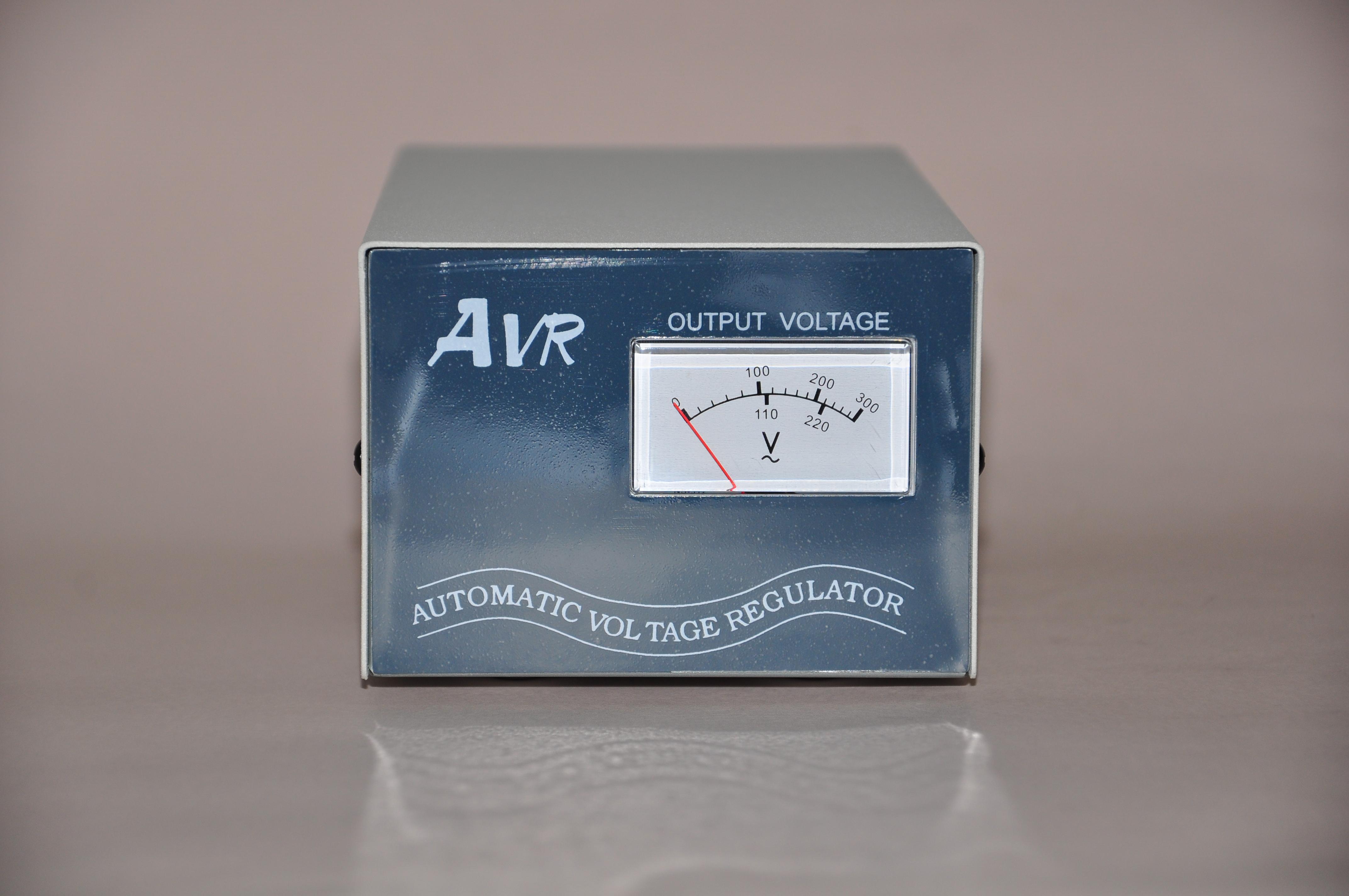 AVR AC穩壓器(含電壓表)