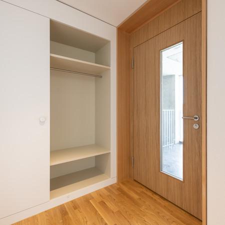 Korridor mit Garderobenschrank