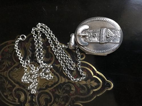 Antique silver chain