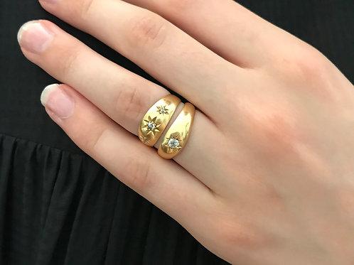 Antique 18 Carat Star/Claw Set Diamond Ring