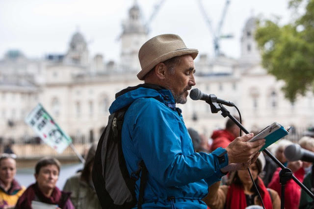 Mark Rylance reads his Letter 'A Great Non-Conformity' During the Autumn Rebellion, London 2019