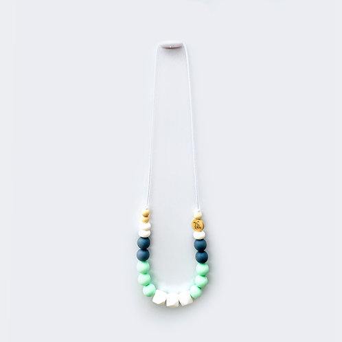 Silicone teether necklace Green/grey